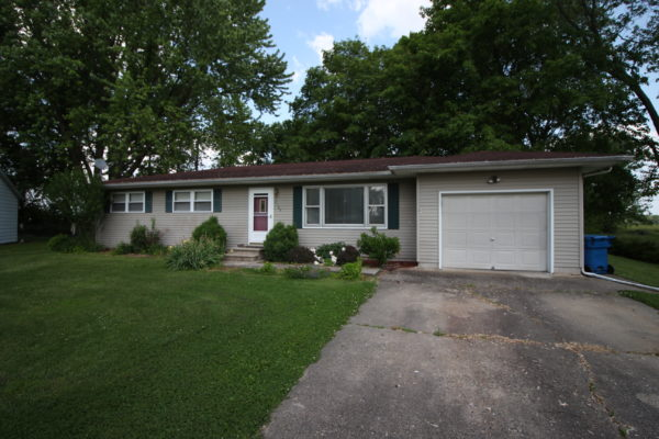 2309 Mimosa Dr Olney, IL